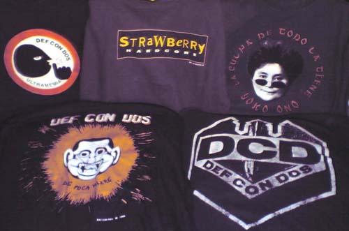 Mis camisetas de Def Con Dos (Haz clic para ampliar)